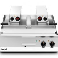Lincat OE8210/FR Opus 800 Clam Griddle 1x Flat Upper 1x Ribbed Upper Plate